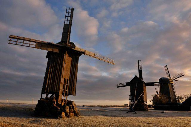 Saaremaa%20windmills